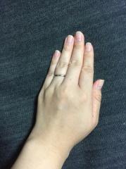 【銀座ダイヤモンドシライシの口コミ】 ダイヤがついているものは家事をしたら気になりそうだったのでシンプルで…