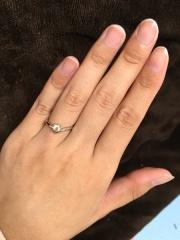 【アイプリモ(I-PRIMO)の口コミ】 私は一粒ダイヤのエンゲージリングに憧れがあり、 色んな一粒ダイヤのリン…