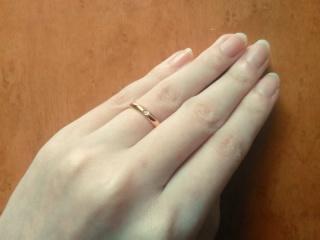 【カルティエ(Cartier)の口コミ】 ダイヤモンドが埋め込まれているピンクゴールドの指輪が欲しかったこと、…