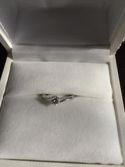 【Hamri(ハムリ)の口コミ】 プロポーズ用に結婚指輪を探していました。しかし、どこのブランドをみても…