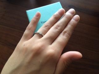 【ティファニー(Tiffany & Co.)の口コミ】 婚約指輪なので普段はつけられないような少し派手目ででもダイヤモンドがゴ…