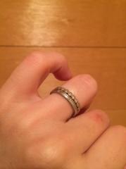 【agete(アガット)の口コミ】 婚約指輪のミル打ちデザインが気に入ったのが決め手です。ピンクゴールド&…
