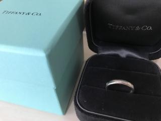 【ティファニー(Tiffany & Co.)の口コミ】 普段使いで派手過ぎない綺麗なデザインの物を選びました。シンプルですが…