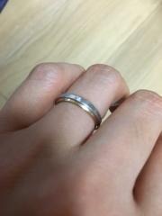 【アイプリモ(I-PRIMO)の口コミ】 シンプルなデザインが気に入り、配色も自分好みでした。指輪自体気に入っ…