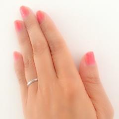 【MIKIMOTO(ミキモト)の口コミ】 主人がラインの入ったデザインを希望していたのですが、この指輪は大変細か…