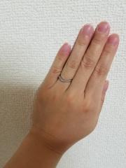 【アイプリモ(I-PRIMO)の口コミ】 同じ店舗で購入した婚約指輪にもぴったりのデザインだった事が決め手でした…