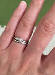 【俄(にわか)の口コミ】 今回結婚指輪を計3ブランドで同じ様なV字タイプで悩んでおり、某海外有名…