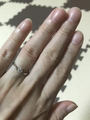 【TRECENTI(トレセンテ)の口コミ】 婚約指輪を購入する際、色々な店舗を見にいきましたが、一目惚れでした!も…