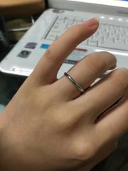 【ティファニー(Tiffany & Co.)の口コミ】 結婚指輪なので2人でシンプルなものにしようと決めました。お店に見に行く…