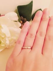 【組曲ジュエリーの口コミ】 婚約指輪を買わなかったので、結婚指輪にはダイヤが入ったものがいいなと思…