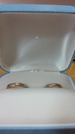 【CUKE(クーキ)の口コミ】 ゴ―ルドが好きなのでゴ―ルドが入っている指輪を探していました。 あんまり…