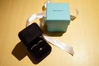 【ティファニー(Tiffany & Co.)の口コミ】 末長く身につけるもので、豪華よりもシンプルさを重視して選びました。また…