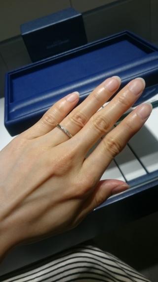 【銀座ダイヤモンドシライシの口コミ】 希望のデザインを伝え いくつか指輪を出していただき試着をしました。 事…