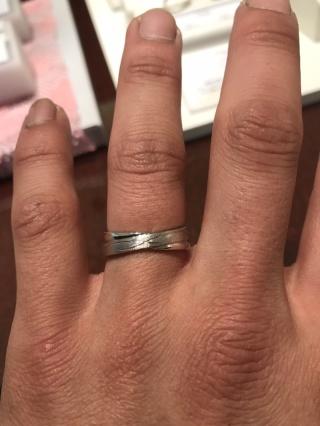 【JEWELRY  KAMATA(ジュエリーかまた)の口コミ】 どんな指輪も自分好みのデザインにできるのが決め手でした。この指輪は普…