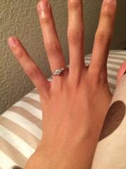 【宝寿堂(ほうじゅどう)の口コミ】 どんな指輪が自分に似合うか全く分かっていなかった私に対して、店員さん…