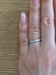 【ヴァンドーム青山(Vendome Aoyama)の口コミ】 プラチナで、ダイヤモンドがついている指輪を基準に探していた。この指輪…