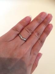 【ケイウノ ブライダル(K.UNO BRIDAL)の口コミ】 オーダーメイドなので自分の指にピッタリのサイズで作っていただくことがで…