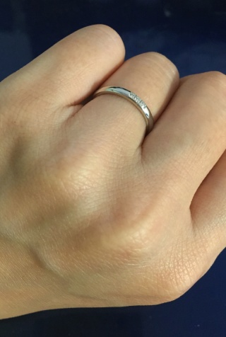 【銀座ダイヤモンドシライシの口コミ】 もともとは指輪を普段つけているのが気になってしまうので、外している事…