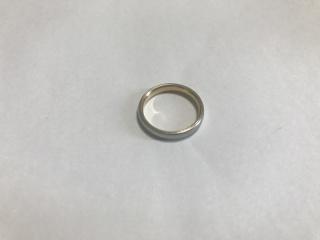 【俄(にわか)の口コミ】 ずっとつけているものなのでつけやすいシンプルなデザインの結婚指輪を探し…