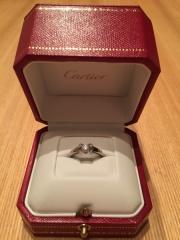 【カルティエ(Cartier)の口コミ】 デザインが可愛くて気に入りました。デザイン性があるので、デートの時にも…