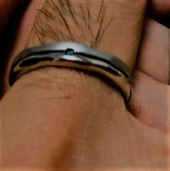【JEWELRY  KAMATA(ジュエリーかまた)の口コミ】 普段アクセサリー類はつけないので指輪の光具合が苦手でマット加工のものを…