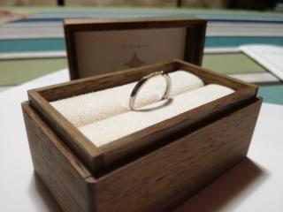 【PORTADA(ポルターダ)の口コミ】 婚約指輪に彼からもらいました。婚約指輪でよくある大粒のダイヤモンドとい…
