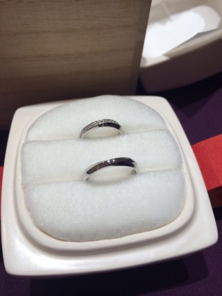 【俄(にわか)の口コミ】 結婚指輪は一生モノなので、色々なジュエリーショップをめぐりました。 俄…
