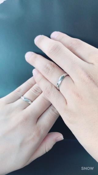 【アトリエミラネーゼの口コミ】 彼の指が結構太いので、合う指輪、合わない指輪がハッキリしていました。な…