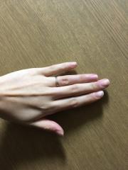 【canal4℃(カナルヨンドシー)の口コミ】 私はシンプルなものが良く 石が大きすぎる指輪は嫌でした。 4℃さんはデ…