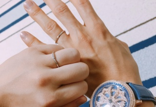 【アイプリモ(I-PRIMO)の口コミ】 華奢なデザインが気に入りました。初めての指輪選びに悩みましたが、シンプ…