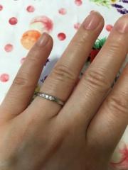 【MIKIMOTO(ミキモト)の口コミ】 私達の場合、結婚指輪は婚約指輪と兼ねていたので、シンプル過ぎず、派手…