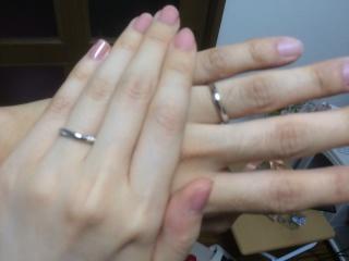 【銀座ダイヤモンドシライシの口コミ】 夫婦ともにデザインが気に入ったから。 普段指輪しない人にとっても、指輪…