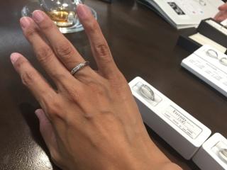 【LUCIE(ルシエ)の口コミ】 ストレートタイプで、ダイヤモンドの飾りだけが斜めについているモデル。…