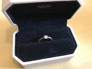 【AHKAH(アーカー)の口コミ】 シンプルだけど可愛さもあるデザインと、高額過ぎない価格帯のもので、ち…