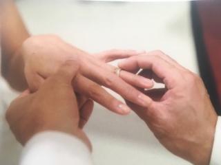 【ティファニー(Tiffany & Co.)の口コミ】 ダイヤモンド付ではなくシンプルな指輪を探していました。 ミルグレインは…