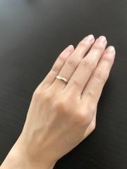 【アイプリモ(I-PRIMO)の口コミ】 ピンクゴールドの間にシルバーのラインがあり、シンプルで綺麗なデザインに…