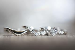 【Mariage(マリアージュ)の口コミ】 指輪を探すときに結婚指輪と婚約指輪を重ね付けできる指輪を探していまし…