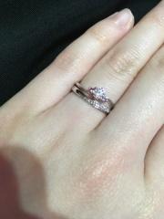 【HOSHI no SUNA 星の砂(ほしのすな)の口コミ】 いろんなお店を見て、いちばんダイヤモンドの輝きが綺麗でした。指につけた…