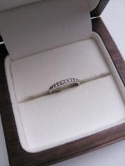 【Ponte Vecchio(ポンテヴェキオ)の口コミ】 ダイヤモンドがたくさん埋め込まれているのでつけているだけできらびやか…