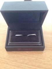 【アイプリモ(I-PRIMO)の口コミ】 結構指輪のデザインの条件は婚約指輪と重ねて使えるものでした。婚約指輪が…