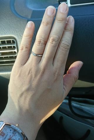 【俄(にわか)の口コミ】 俄と言うブランドはそれまで知らなかったのですが、ネットで結婚指輪を検索…