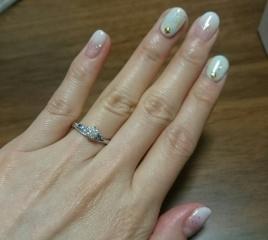【LUCIE(ルシエ)の口コミ】 婚約指輪といってもその時限りではもったいないと思い、普段からも使える…