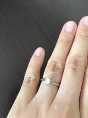 【銀座ダイヤモンドシライシの口コミ】 こだわりは「一粒ダイヤ」と「結婚指輪(エタニティー)との重ねづけ」でし…