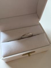 【都民共済(とみんきょうさい)の口コミ】 婚約指輪を凝った物にしたので、結婚指輪はとにかくシンプルな物を!と思…