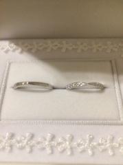【宝寿堂(ほうじゅどう)の口コミ】 婚約指輪を宝寿堂さんで購入させて頂いたということもあり、婚約指輪を非…