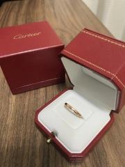 【カルティエ(Cartier)の口コミ】 カルティエさんは割と大きめのデザインが多いイメージでしたが、このバレリ…