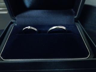 【銀座ダイヤモンドシライシの口コミ】 エンゲージリングもエバーアフターで、男性のデザインも格好よかったので…