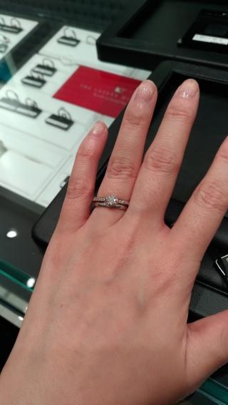 【ラザール ダイヤモンド(LAZARE DIAMOND)の口コミ】 ラザールダイヤモンドはダイヤモンドがミラーボールのように輝いていまし…
