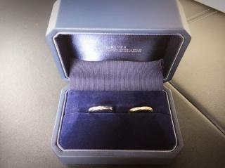 【銀座ダイヤモンドシライシの口コミ】 ゴールドで探していた為、気に入ったデザインでプラチナからゴールドへの…