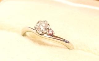 【TRECENTI(トレセンテ)の口コミ】 雑誌の広告でこの指輪を見て一目ぼれして店舗に行きました。 他店を2店み…